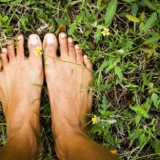 earthing-and-sleep-min